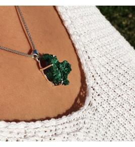 pendentif argent et pierre verte