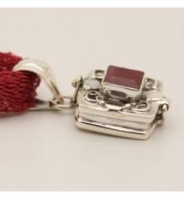 Pendentif argent et racine de rubis
