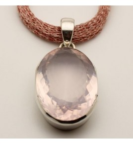 Pendentif argent et quartz rose