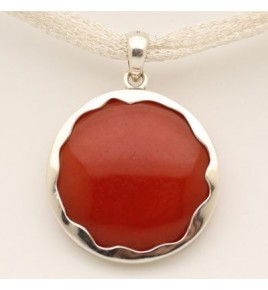 pendentif argent et jade rouge